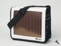 The Sun Bag utilizes sunlight to create electric power, which can recharge almost any gadget. (Source: Neubers)