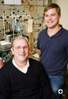 Chemistry professor Thomas Rauchfuss, left, and graduate student Zachariah Heiden have devised a new way to make water.(Credit: L. Brian Stauffer/University of Illinois)
