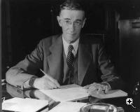 Vannevar Bush (Credit: OEM Defense)
