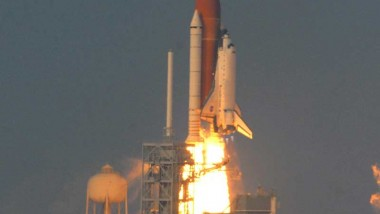 Endeavour STS-118 Mission Liftoff