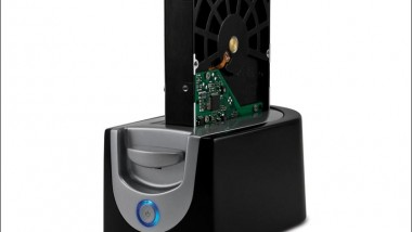First 'Quad' SATA Docking Station