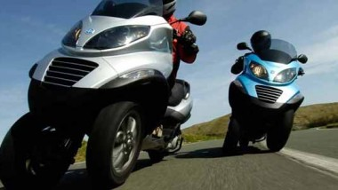 PIAGGIO MP3 Three Wheeler
