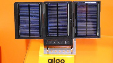 Aigo Portable Solar Charger