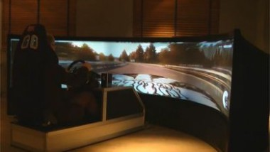Drive a Formula 1 on a 160 inch Curved Screen