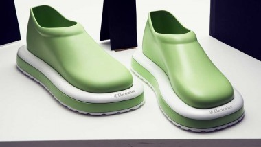 Dust Mate – Cleaning Shoes