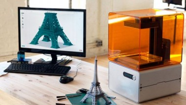 FORM 1: High Resolution 3D Printing for the Masses