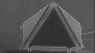 Micro-Origami – Tiny Packages for Drug Delivery