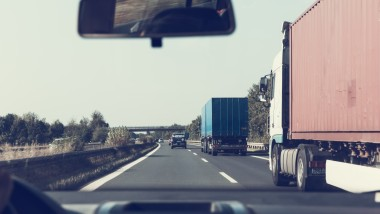 Why Business Owners Should Choose Novated and Commercial Vehicle Leasing Over Buying Outright