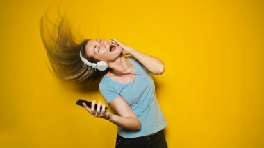 Here's Why We 'Feel' Music When We Pump it Up to the Max
