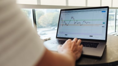 Will Robo Advisors Replace Traditional Investment Funds?