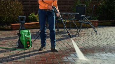 7 Safety Tips To Remember When Using An Electric Pressure Washer